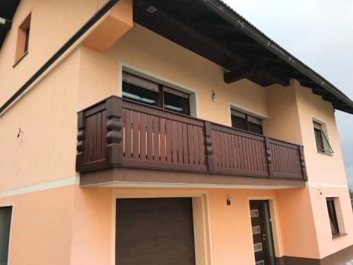 Balkonske ograje (moderni stil) (17) kostanjeva