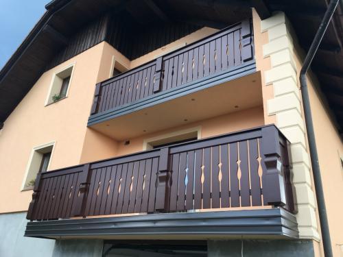 Balkonske ograje (staroslovenski stil) (1)