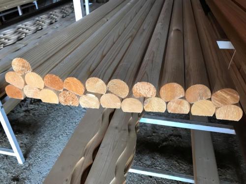 Leseni ročaji (smreka, sibirski macesen)